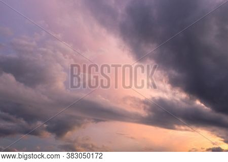 A Cumulonimbus Clouds Of An Average Tier