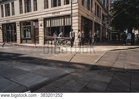 London / Uk - 08/09/2020: Friends Of Victim Attending Crime Scene Where Man Was Stabbed The Day Befo