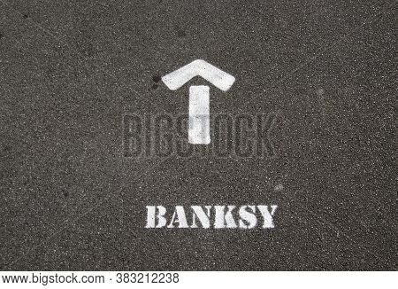 Weston-super-mare, Uk - September 6. 2015: A Sign Spray-painted On A Pavement In Weston-super-mare,