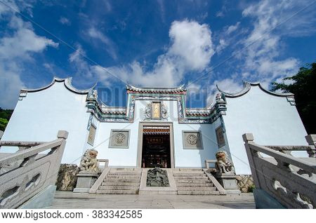 Georgetown, Penang/malaysia - Aug 27 2016: Architecture Of Thien Kong Than Temple In Blue Sky.