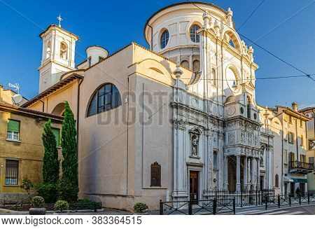 Chiesa Di Santa Maria Dei Miracoli Primo Santuario Civico Saint Maria Of Miracles Catholic Church Re