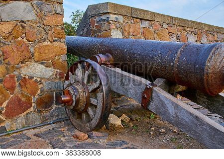 Old Defenses Of The City Of Colonia Del Sacramento At The Time Of The Conquest Of America