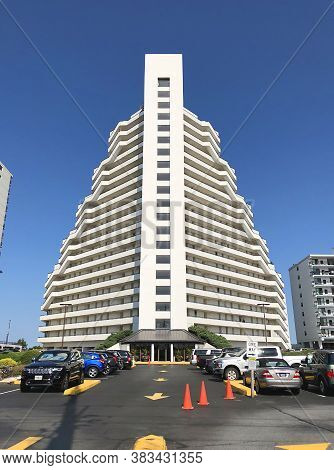 Ocean City, Md: Pyramid Beachfront Condominium Building Located On 95th Street And Coastal Highway (