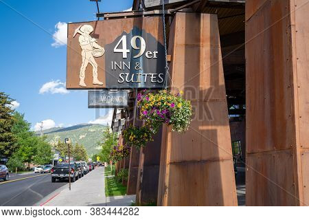 Jackson, Wyoming - June 27, 2020: Sign And Exterior Of The 49er Inn And Suites Hotel In Downtown Jac
