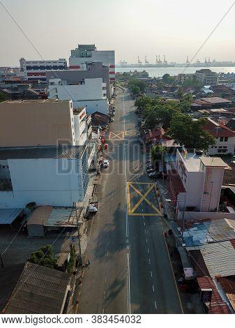 Georgetown, Penang/malaysia - Mar 21 2020: Aerial View Less Car Move At Pengkalan Weld During Lockdo