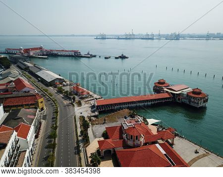 Georgetown, Penang/malaysia - Mar 21 2020: No Car Traffic Near Pengkalan Weld Due To Covid19 And Res