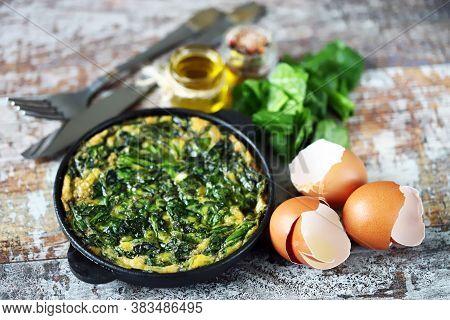 Healthy Broccoli Omelet. Fritatta With Broccoli. Keto Diet. Keto Lunch. Selective Focus. Macro.