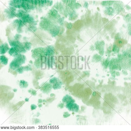 Tie Dye Circular. Artistic Watercolor Pattern. Hippie Swirl Painting. Green Tie-dye Swatch. Spiral C