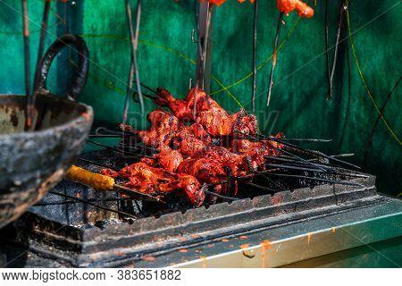 Hanging Non Veg Food Chicken On The Shop Meet Shop Good Source Protein, Fat, Healthy , Gym Diet - Im