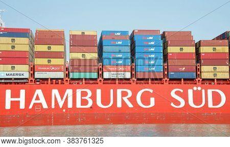 Oakland, Ca - Sept 2, 2020: Cargo Ship Cap San Juan To Maneuver Into The Port Of Oakland.  Hamburg S