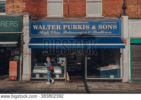 London, Uk - August 20, 2020: Facade Of Walter Purkis & Sons Fishmongers In Crouch End, An Area In N