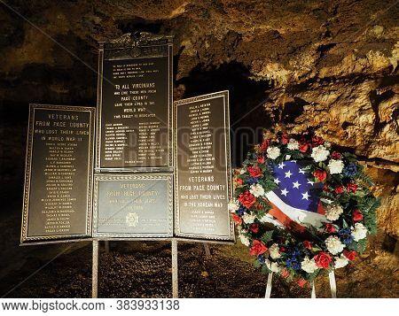 Luray, Usa - June 6, 2019: Commemorative Plaque For The Fallen Veterans, Located In Luray Caverns.