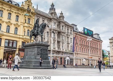 Zagreb, Croatia - May, 09, 2017: Monument Ban Jelacic Square In The Historic Center Of Zagreb, Capit