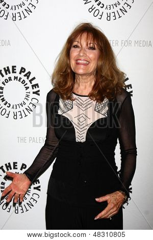 LOS ANGELES - JUL 16:  Kathy Lennon arrives at