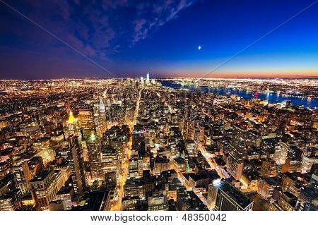 New York City Manhattan W The Freedom Tower And New Jersey