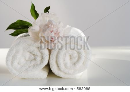 Spa Towels With Flower