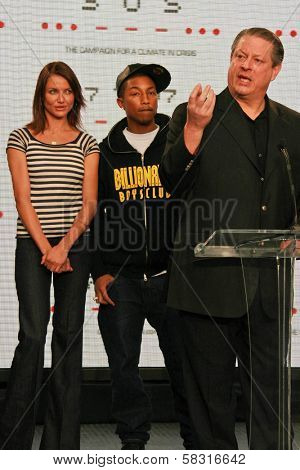 Cameron Diaz with Pharrell Williams and Al Gore at a press conference to Announce the Global Climate Crisis Campaign Concert