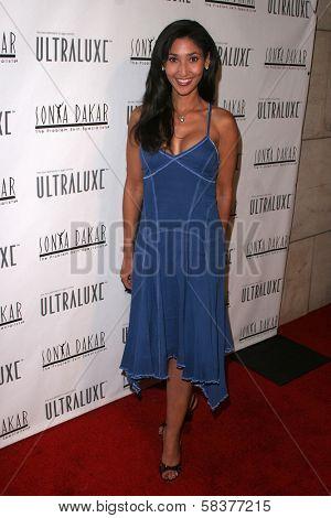 Bettina Bush at the Sonya Dakar Skin Clinic Opening. Sonya Dakar SKin Clinic, Beverly Hills, CA. 10-24-06