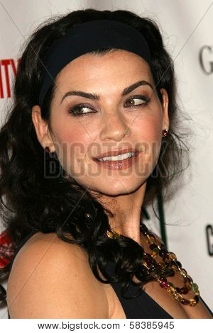 Julianna Margulies at the 21st Annual American Cinematheque Award Honoring George Clooney. Beverly Hilton Hotel, Beverly Hills, CA. 10-13-06