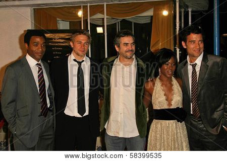 LOS ANGELES - NOVEMBER 16: Chiwetel Ejiofor, Charlie Hunnam, Alfonso Cuaron, Clare-Hope Ashitey and Clive Owen at the Los Angeles Premiere of