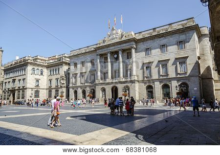 City Council On Barcelona