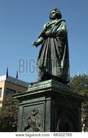BONN, GERMANY - AUGUST 15, 2012: Monument to Ludwig van Beethoven by German sculptor Ernst Julius Hahnel on the Munsterplatz in Bonn, North Rhine-Westphalia, Germany.
