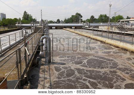 Wastewater treatment plant aerating basin
