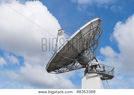 Big Radar Parabolic Radio Antenna Global Information Data Streaming Broadcast