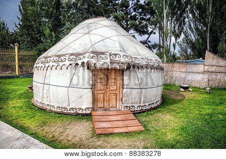 Urta Nomadic House