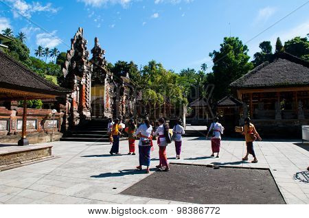 People go to Turta Empul temple for praying