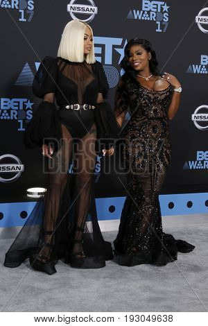 LOS ANGELES - JUN 25:  Blac Chyna, Shalana Hunter at the BET Awards 2017 at the Microsoft Theater on June 25, 2017 in Los Angeles, CA