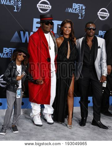 LOS ANGELES - JUN 25:  Cassius Brown, Bobby Brown, Alicia Etheredge, Bobby Brown Jr at the BET Awards 2017 at the Microsoft Theater on June 25, 2017 in Los Angeles, CA