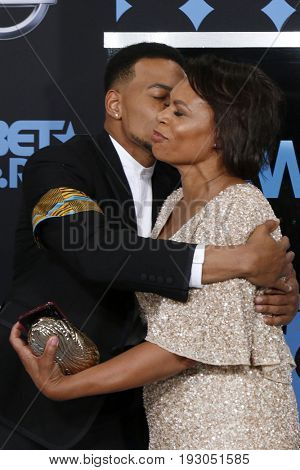 LOS ANGELES - JUN 25:  Chance the Rapper, Lisa Bennett at the BET Awards 2017 at the Microsoft Theater on June 25, 2017 in Los Angeles, CA