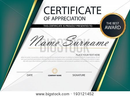 Green Elegance horizontal certificate with Vector illustration white frame certificate template with clean and modern pattern presentation