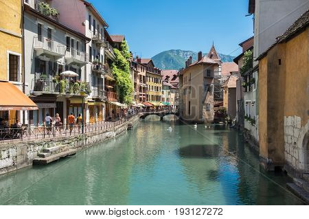 Annecy ,