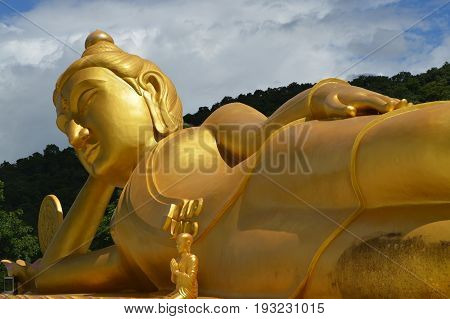 reclining buddha and peaceful at thailand temple
