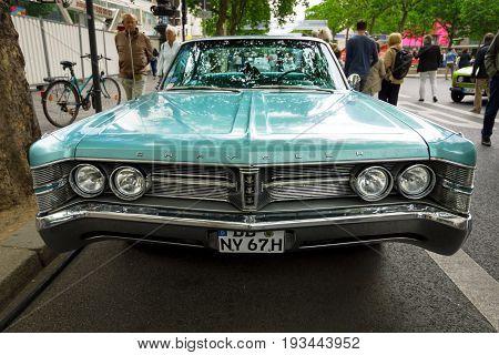 BERLIN - JUNE 17 2017: Vintage car Chrysler New Yorker 1967. Classic Days Berlin 2017.