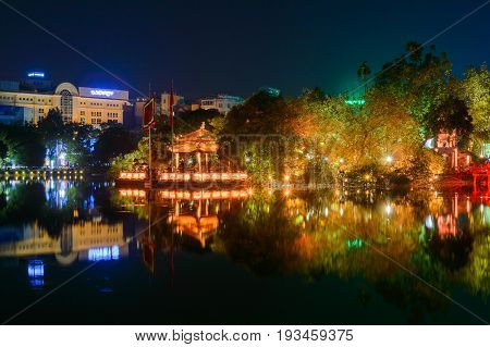 Night View Of The Hoan Kiem Lake Lake Of The Returned Sword