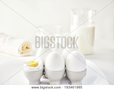 Still Life Air White Protein Breakfast