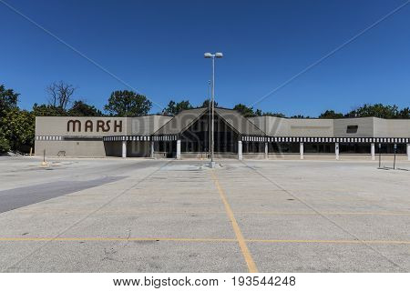 Indianapolis - Circa July 2017: Recently shuttered Marsh Supermarket and Grocery Store. In May 2017 Marsh filed for Chapter 11 Bankruptcy Protection I