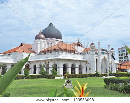Masjid Kapitan Keling, its is a mosque built in the 19th century by Indian Muslim traders in George Town, Penang, Malaysia.