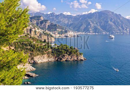 Cruise ship along the Amalfi Coast between Conca dei Marini and Positano - Amalfi Coast, Campania, Italy