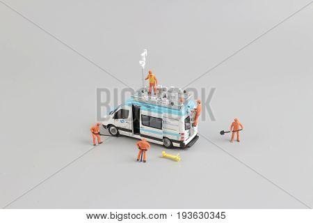Fun Of Tiny Weather Van With Worker