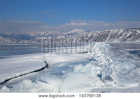 Formation of dangerous long crack in the ice of lake Baikal