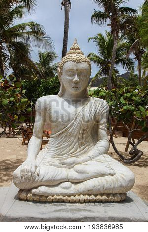 ST.MAARTEN - AUGUST 2: Statue on Orient Bay (Baie Orientale) area  in Sint Maarten, seen in St.Maarten on August 2, 2015