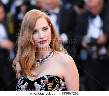 Jessica Chastain attends the 'Ismael's Ghosts (Les Fantomes d'Ismael)' screening and Opening Gala during the 70th  Cannes Film Festival at Palais des Festivals on May 17, 2017 in Cannes, France.
