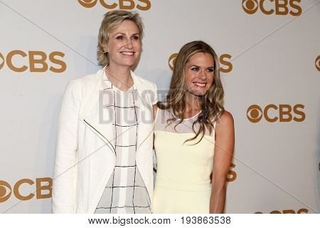 Actors Jane Lynch (L) and Maggie Lawson attend the 2015 CBS Upfront at The Tent at Lincoln Center on May 13, 2015 in New York City.