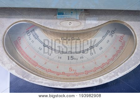 old vintage weights for newborn babies used baby scale.