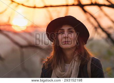 Portrait Of Beautiful Woman In Sunset. Beautiful Young Woman Portrait. Beautiful People. Happy Peopl