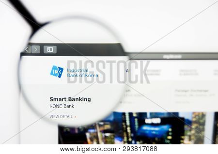 Los Angeles, California, Usa - 5 April 2019: Illustrative Editorial Of Industrial Bank Of Korea Webs